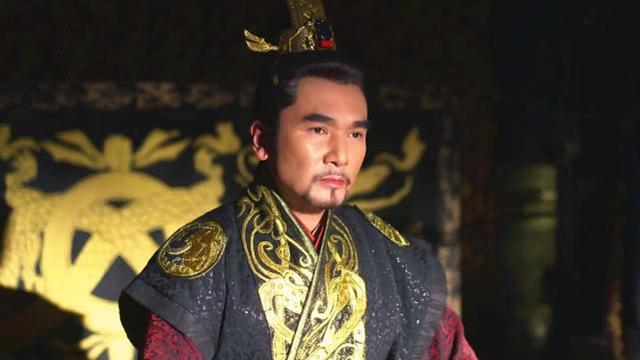 潜察三年一鸣惊世,若论装猪吃象谁厉害,当属楚庄王不可